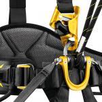 Point d'attache ventral ouvrable permettant une intégration optimale des équipements